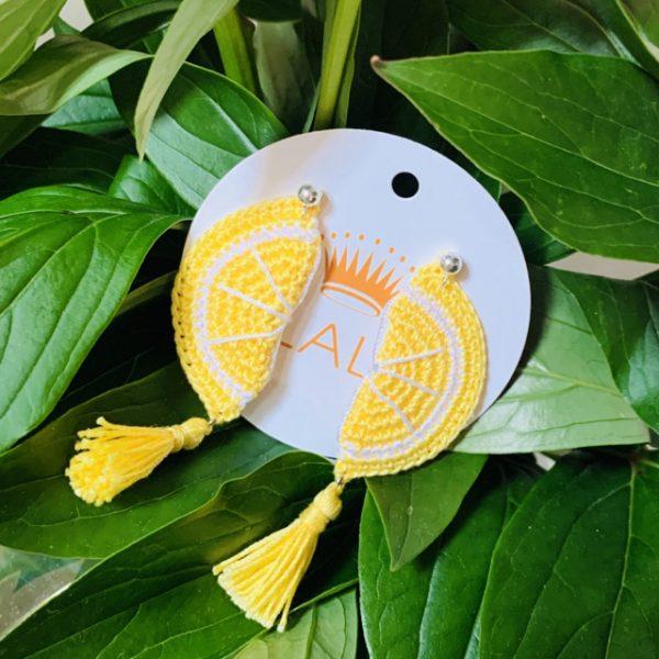 slowfashion-nachhaltig-madeinaustria-wien-Lieblingsstueck-Ohrringe-Zitrone-Zitronenspalten-gehaekelt-handgemacht-unikat